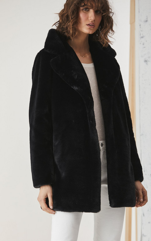 Minimalist Faux Fur Jacket | Ena Pelly | Harry & Gretel | Jacket