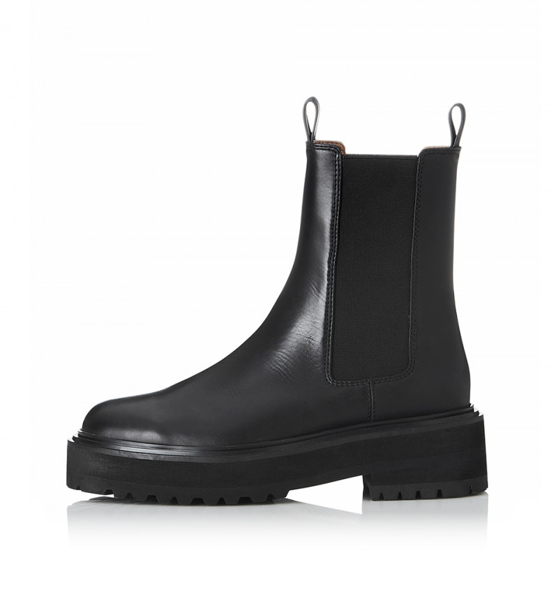 Robbie Black Burnished | Harry & Gretel Perth | Boots | Footwear |